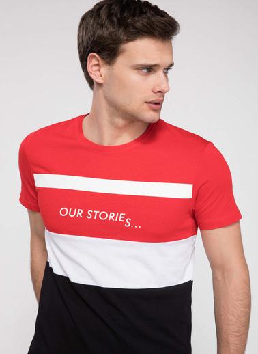 DeFacto Renk Bloklu Yazı Baskılı Slim Fit T-shirt Kırmızı